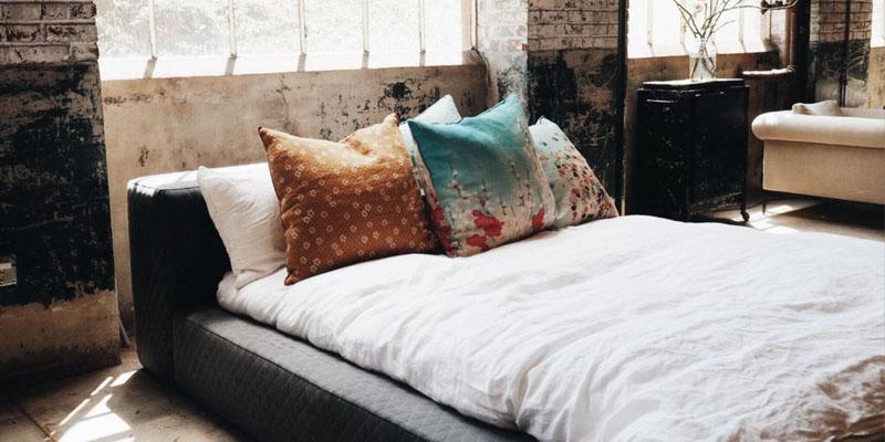 einschlafprobleme-durch-das-schlafzimmer
