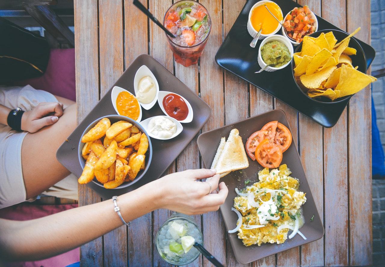 Durch Stresshormone bevorzugen wir Fastfood - careletics