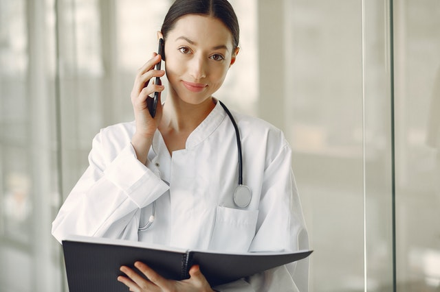 Welcher Arzt diagnostiziert Lipödeme - careletics
